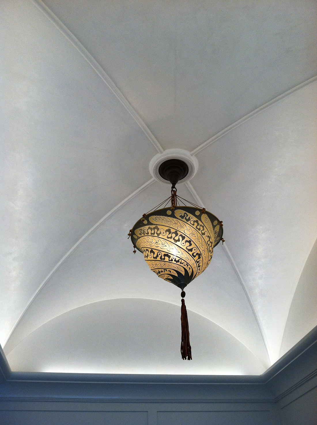 Greenwich CT - Vaulted ceiling, Venetian 'Mother-of-Pearl'
