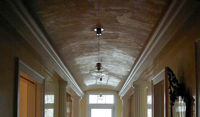 Classic Ventian plaster ceiling & walls